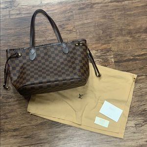 Louis Vuitton PM Neverfull